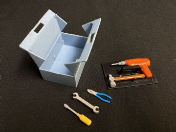 VINTAGE ACTION MAN - TOOL BOX & TOOLS (Ref2))